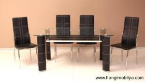 cam yemek masasi modelleri3 300x169 Cam Yemek Masası Modelleri