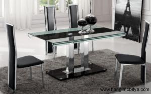 cam yemek masasi modelleri4 300x187 Cam Yemek Masası Modelleri