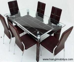 cam yemek masasi modelleri6 300x251 Cam Yemek Masası Modelleri