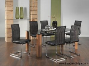 cam yemek masasi modelleri8 300x223 Cam Yemek Masası Modelleri