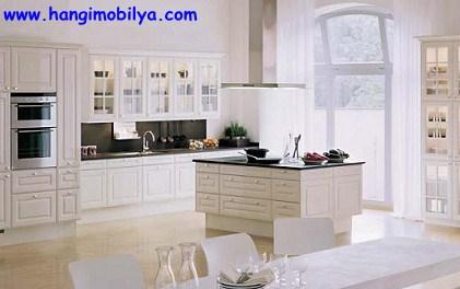 klasik-tarz-mutfak-dekorasyonu3