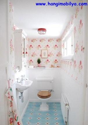 banyo-dekorasyonunda-duvar-kagidi-kullanimi03