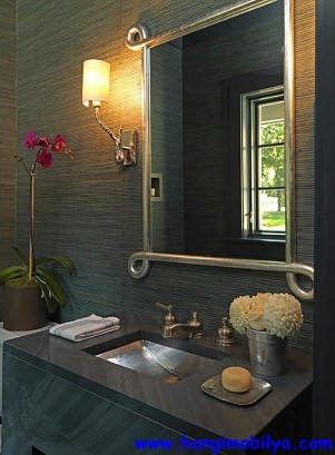 banyo-dekorasyonunda-duvar-kagidi-kullanimi07
