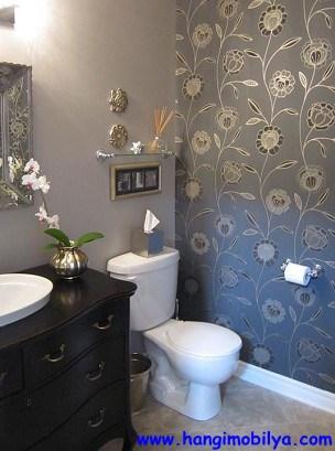 banyo-dekorasyonunda-duvar-kagidi-kullanimi10