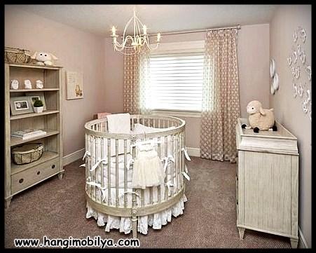 Oval bebek beşiği