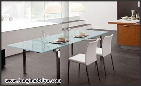 Cam masalı mutfak dekorasyonu