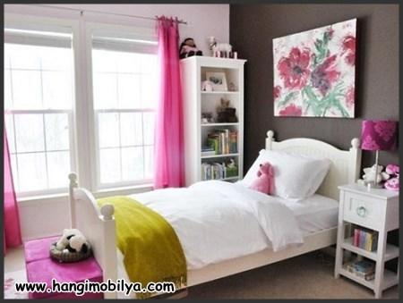Sade çocuk odası dekorasyonu
